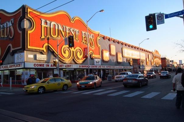 Honest_Ed's_on_Bloor_Street_West_Toronto